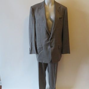 ALFRED DUNHILL GRAY 2 BUTTON SUIT SZ 44R*